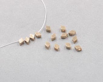 50Pcs, 6mm Raw Brass Rhombus Beads Charms , Hole Size 1.5mm , SJP-A323