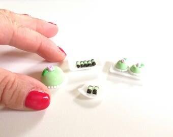 Miniature cakes, handmade, 1:12 scale, Swedish style (prinsessbakelser)