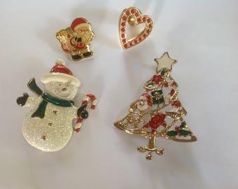 Vintage holiday Brooch/ pin lot