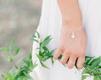 Silver bracelet with crystals pendant set