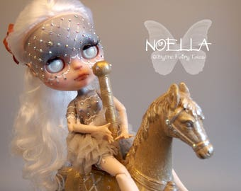 NOELLE – WINTER magic child – Custom OOAK Blythe doll – including custom box with painting and extras – by Blythe Fairy Tales