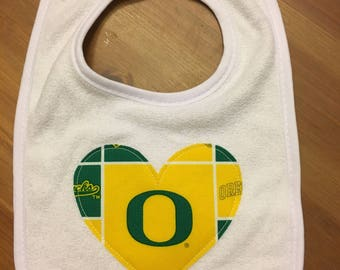 Oregon Ducks Heart Bib