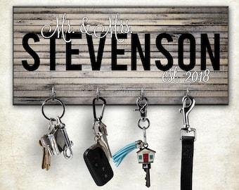 Wall Key Rack, Personalized Key Hanger, Wall Mount Key Hanger, Custom Key Holder, Housewarming, Wedding Gift, Key Holders, Personalized Gift