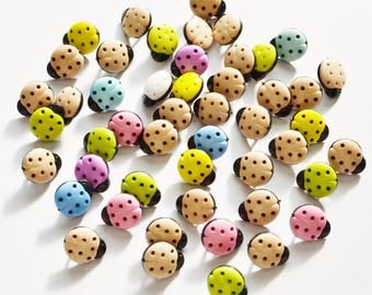 "Acrylic buttons ""coccinnelles"" bi color lot 44"