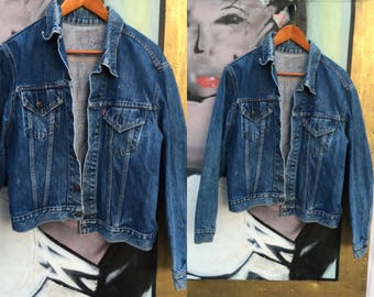 Vintage Levis denim jacket dark wash jean jacket - M medium