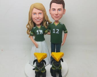 Green Bay Packers Wedding Cake Topper With Pets Packers Groom Packers Bride Cheese Head Groom Bride Packers Personalized Packers Cake Topper
