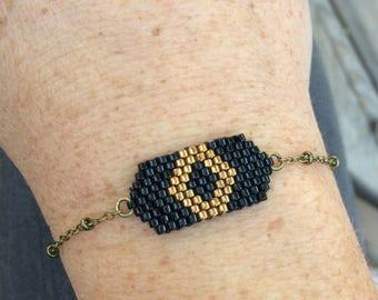 Bracelet weaving beads miyuki and bronze