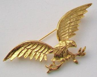 Mid-Century ROGER VAN S American Eagle Patriotic Large Stamped Gold Tone Brooch