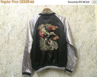 Birthday Sale Vintage Embroidered Japanese Souvenirs Sukajan Varsity Jacket, Green Dragon Fight At Fuji Mountain Size M-L Rare