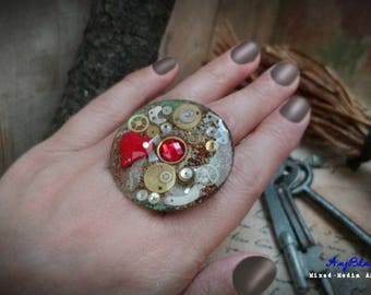 Korra - Rustic Mixed-Media Art Ring
