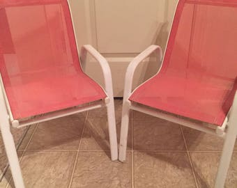 Set of 2 vintage deck chairs, vintage childrens chair, beach chair, pink chairs, mesh chair, stackable chairs