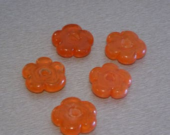 2 flowers 32mm thickness 6mm beads