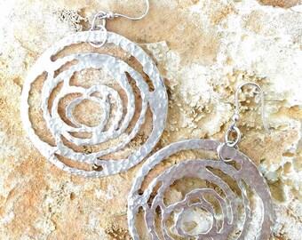 925 silver earrings with heart shape