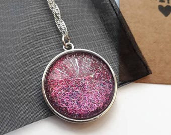 Pink glitter pendant necklace