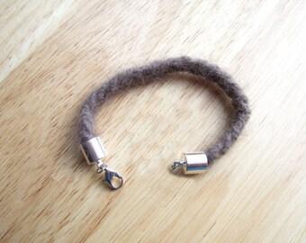 Wolf Bracelet - 7 Inch - Cruelty-free - Black Wolf - Wolf Fur - Wolf Jewelry - Protection Charm - Wolf Totem - Wolf Spirit - Werewolf
