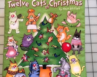 The Twelve Cats of Christmas Cloth Book