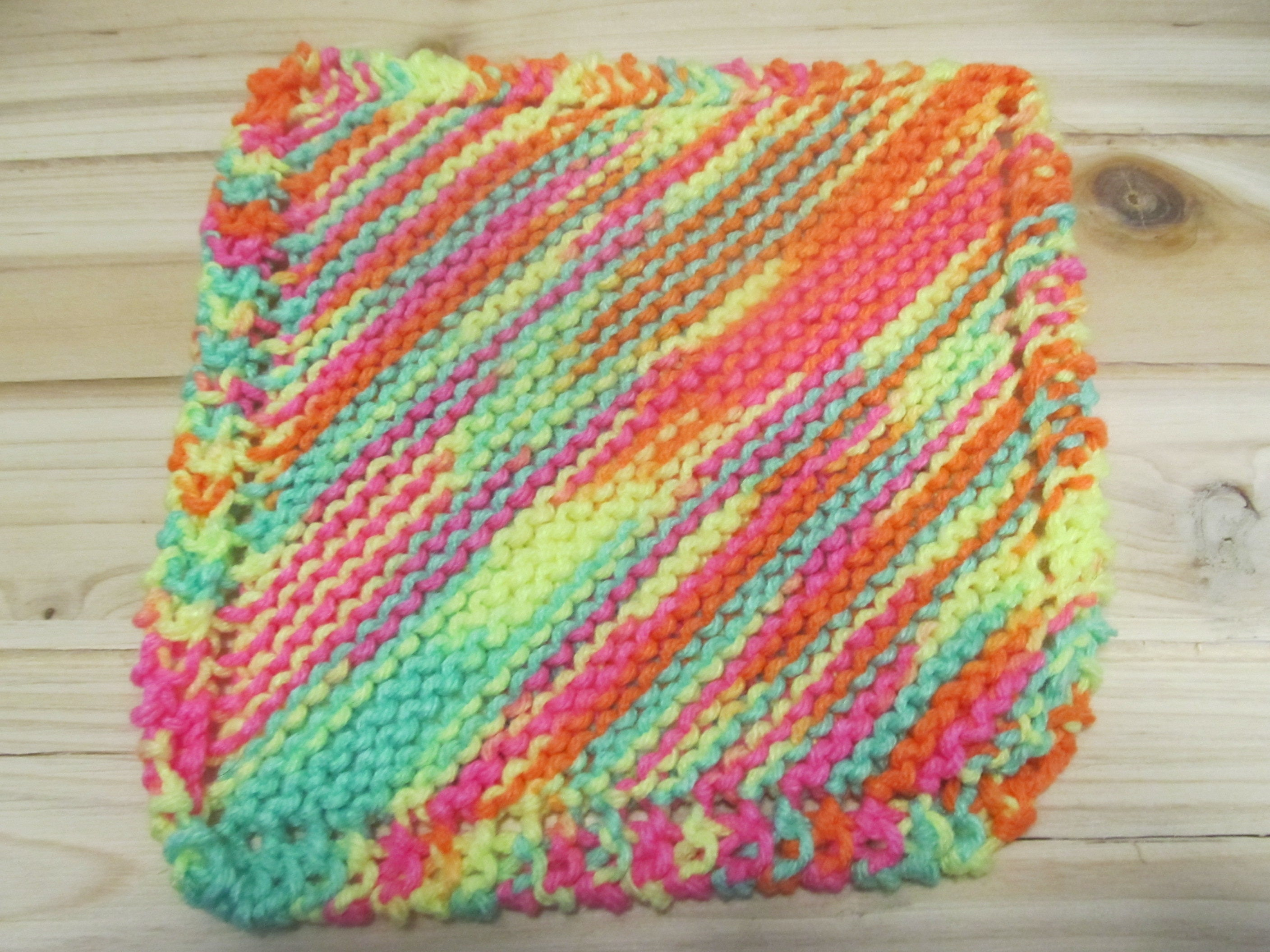 Knitting Gifts For Mum : Knitted dishcloth handmade gifts for her mom