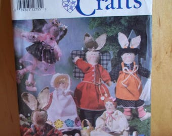 Vintage Simplicity Craft Pattern 7899 Bunnies And Dolls, Uncut