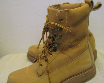 Men's Vintage 80's,Tan SUEDE,INSULATED Hiking/Explorer By FiELD & STREAM.7.5M(?)