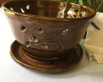Berry Bowl with carved leaves, Handmade pottery, Latte brown and green