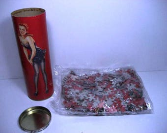 1995 VARGA Classic 1940's Pin Up Girl 500 Piece Jigsaw. 635mm x 300mm. Sealed in wraps.