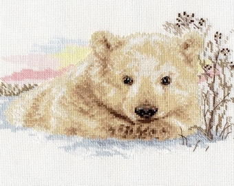 Counted cross stitch kit 21-19 Ours blanc 27x16 cm