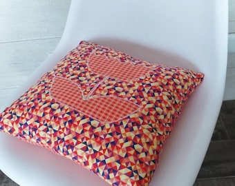 Cushion 35 x 35 cm Scandinavian flower orange