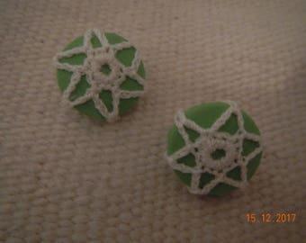 Clip-on Spring Green/CreamCrocheted Flower Earrings