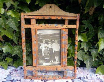 Antique Primitive Rare Folk Tramp Art Hand Painted Wooden Frame, Old Photography
