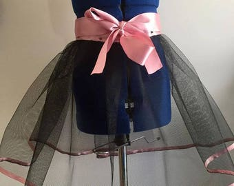 Dusty pink, net skirt, black skirt, wraparound skirt, girl skirt, satin bow, pink, black, size 7, pretty, wedding, party, glam