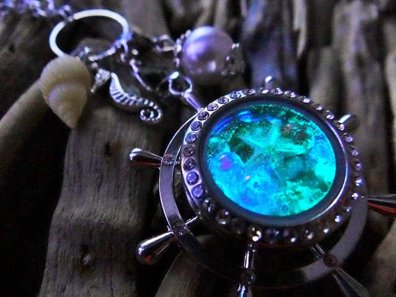 Glow In The Dark Captains Wheel Mermaid Locket Necklace PALE PINK PEARL Seashell Seashells Starfish Egg Pearl Bubbles Ariel The Little