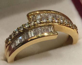 Baguette Cut Diamond Dress Ring in 18K Yellow Gold. Diamonds' weight: 1.25ct.