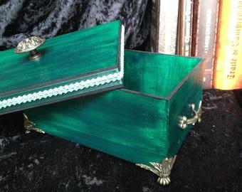 jewelry box, emerald green footed treasure box