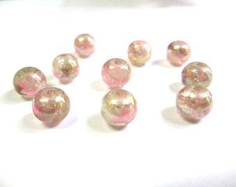 shiny 10 pink speckled beads clear glass 8mm (C-37)