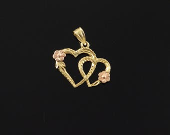 14k Two Heart Interconnected Flower Charm/Pendant Gold