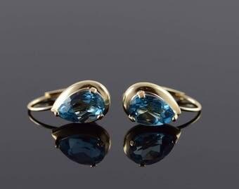 14k 1.50 CTW Blue Topaz Pear Lever Back Earrings Gold