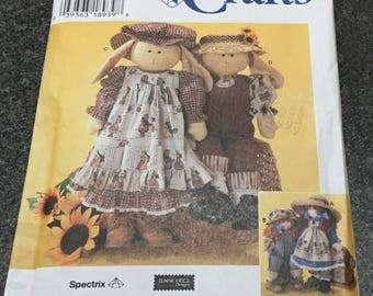 Simplicity Crafts 7142 Sewing Pattern Elaine Heigl  Rag Doll Bunny And Clothes 24 Inch Pinafore Jumpsuit Shirt Memory UNCUT