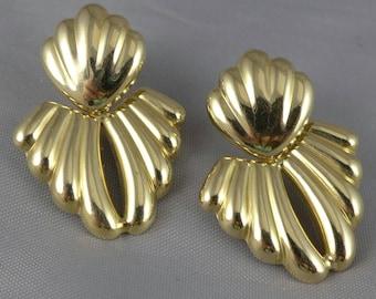 Gold Door Knocker Earrings, Vintage 14K Gold Doorknocker Earrings, Gold Ribbed Earrings, 14K Dangle Earrings, Italian Gold Earrings