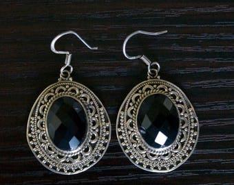 ON SALE Bold BLACK Onyx Silver Earrings