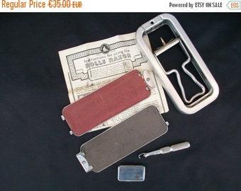 ON SALE Shaving Kit, Razor Kit, Antique Razor, Safety Razor, Rolls Razor, Shaving Set, Razor Set, Razor