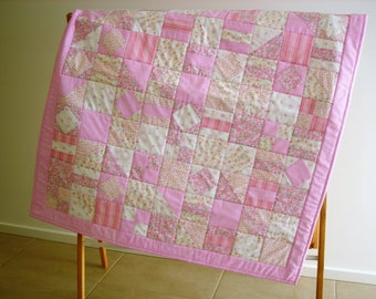 Girld Baby/Toddler Cot quilt, Play Mat, Cuddly Quilt, Throw, Wall hanger, Lap Quilt, Baby, Toddler, Baby Blanket  *SHIPPING INCLUDED