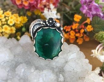 malachite green gemstone sterling silver .925 ring. size