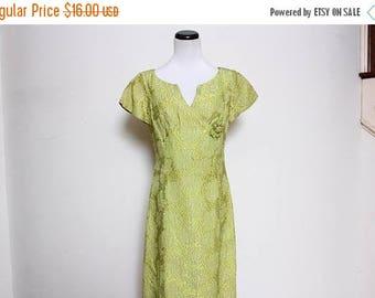 30% OFF VTG 60s Green Brocade Mod Metallic Floral Dress M/L