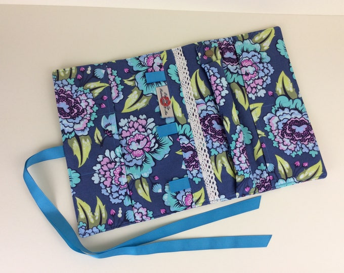 Flowers Jewellery roll organiser travel case handmade in England