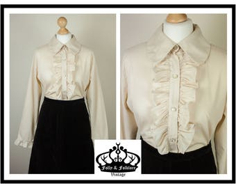 60s  / 70s Tea Stain Ruffle Detailed Poet Blouse with Long Sleeves and Dog Ear Collar, New Romantic, Gothic, Prim, Steampunk, Size M / L