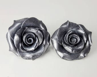 Polymer Clay Earrings. Rose Earrings. Silver Roses. Flower Earrings. Dangle Earrings. Gift for Her. Handmade Jewelry