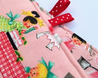 Vintage Holiday Fabric Pot Holders Handmade by Dear Yesterdays Retro kitchen christmas decor hot pad trivet
