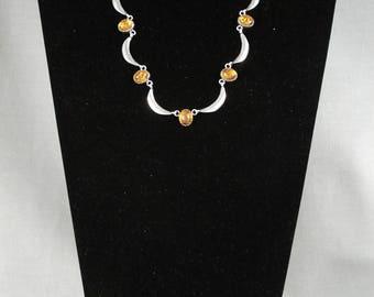Cute Amber Vintage Navajo Silver Necklace Set