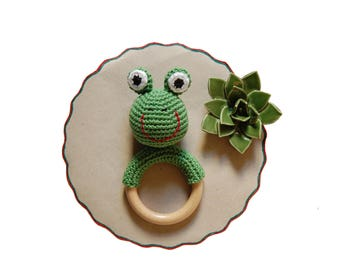Baby Teething Toy, Crochet Frog Teether, Wood Teething Ring, Montessori Baby Toy, Crochet Teething Ring, Baby Shower Gift