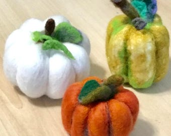 Mini Felted Pumpkins,Table Centrepiece, Needle felted Ornaments.